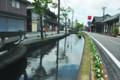 ふるいまちなみの中央をながれる足羽川用水の一つの堂田川(福井市東