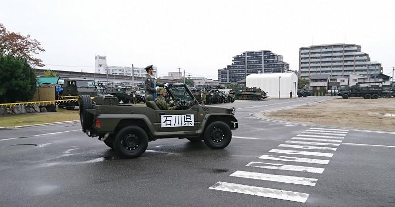 2017.10.28 守山駐屯地 (6) 石川県ジープ 800-420