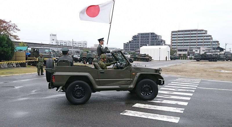 2017.10.28 守山駐屯地 (8) ひのまるジープ 800-440