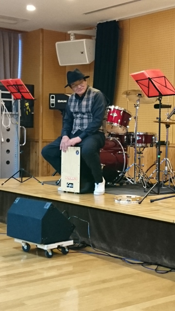 2018.1.27 古井新町ふれあいバンド (15) ぼくのおよめにおいで(みことアンドダブルカホンズ) 720-1280
