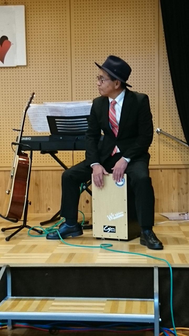 2018.1.27 古井新町ふれあいバンド (16) ぼくのおよめにおいで(みことアンドダブルカホンズ) 900-1080