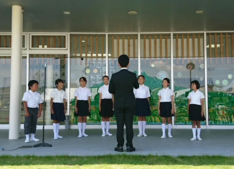 2018.6.3 中島おたうえまつり (30) 六ツ美西部小学校の合唱 1440-1040