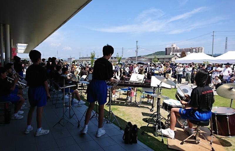 2018.6.3 中島おたうえまつり (31) 六ツ美中学校の吹奏楽 1680-1080