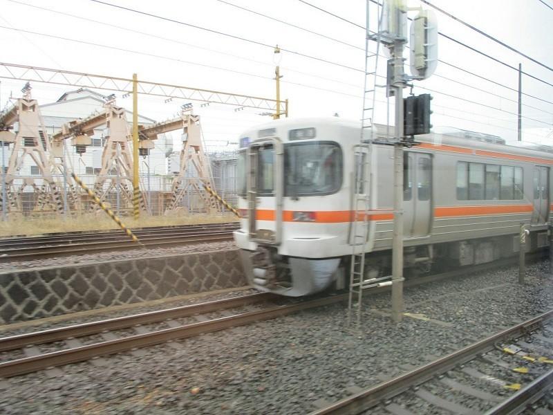 2018.6.10 (19) 新鵜沼いき快速特急 - 豊橋すぎ(米原いき快速) 800-600