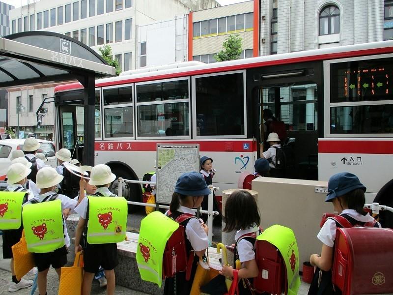 2018.6.11 (12) 康生町バス停 - JR岡崎駅いきバス 800-600