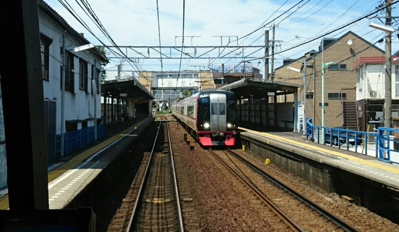 2018.6.22 (108) 岐阜いき特急 - 桜(豊橋いき快速特急) 1240-720