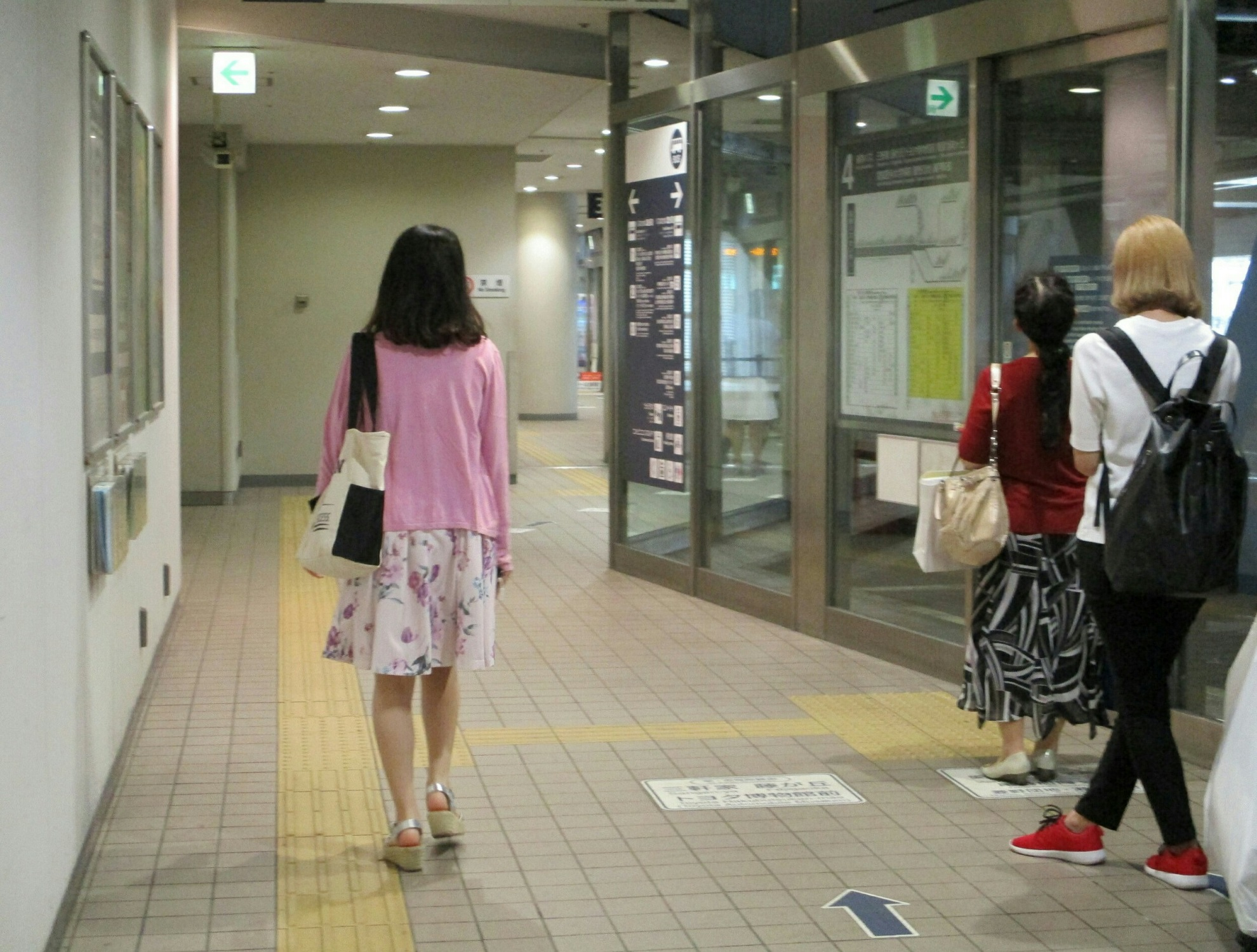 2018.6.27 (13) 名鉄バスセンター - 4番のりば 1980-1500