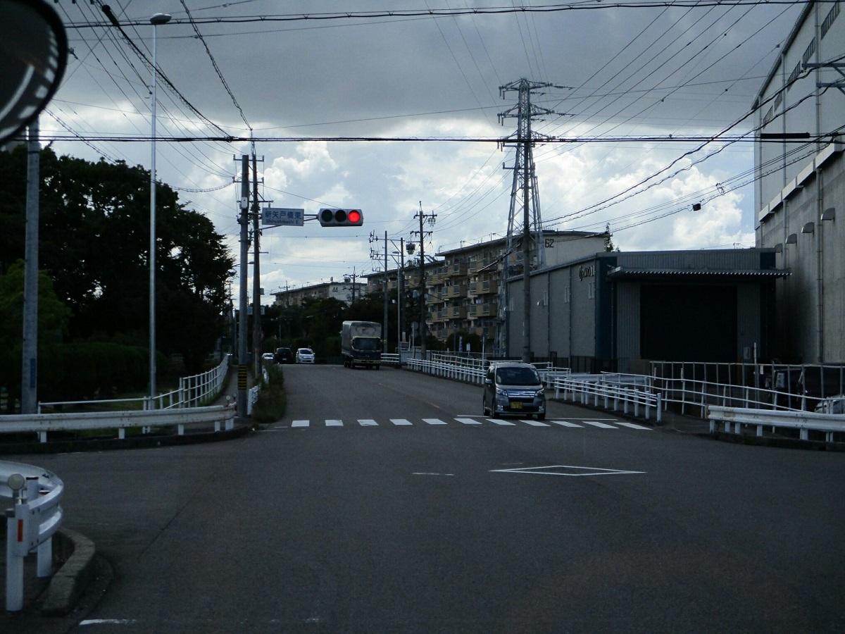 2018.6.30 (50) 岩倉駅いきバス - 新矢戸橋東交差点 1200-900
