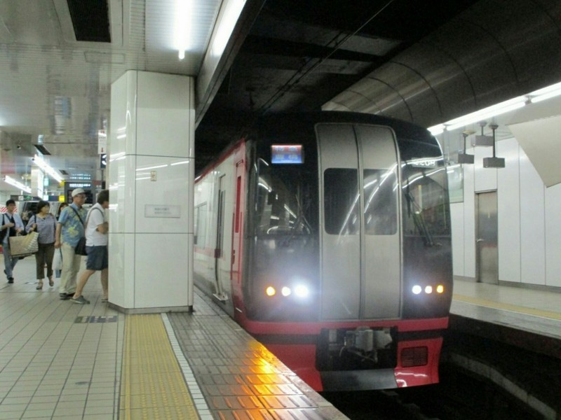 2018.6.30 (60) 名古屋 - 豊橋いき特急 1000-750