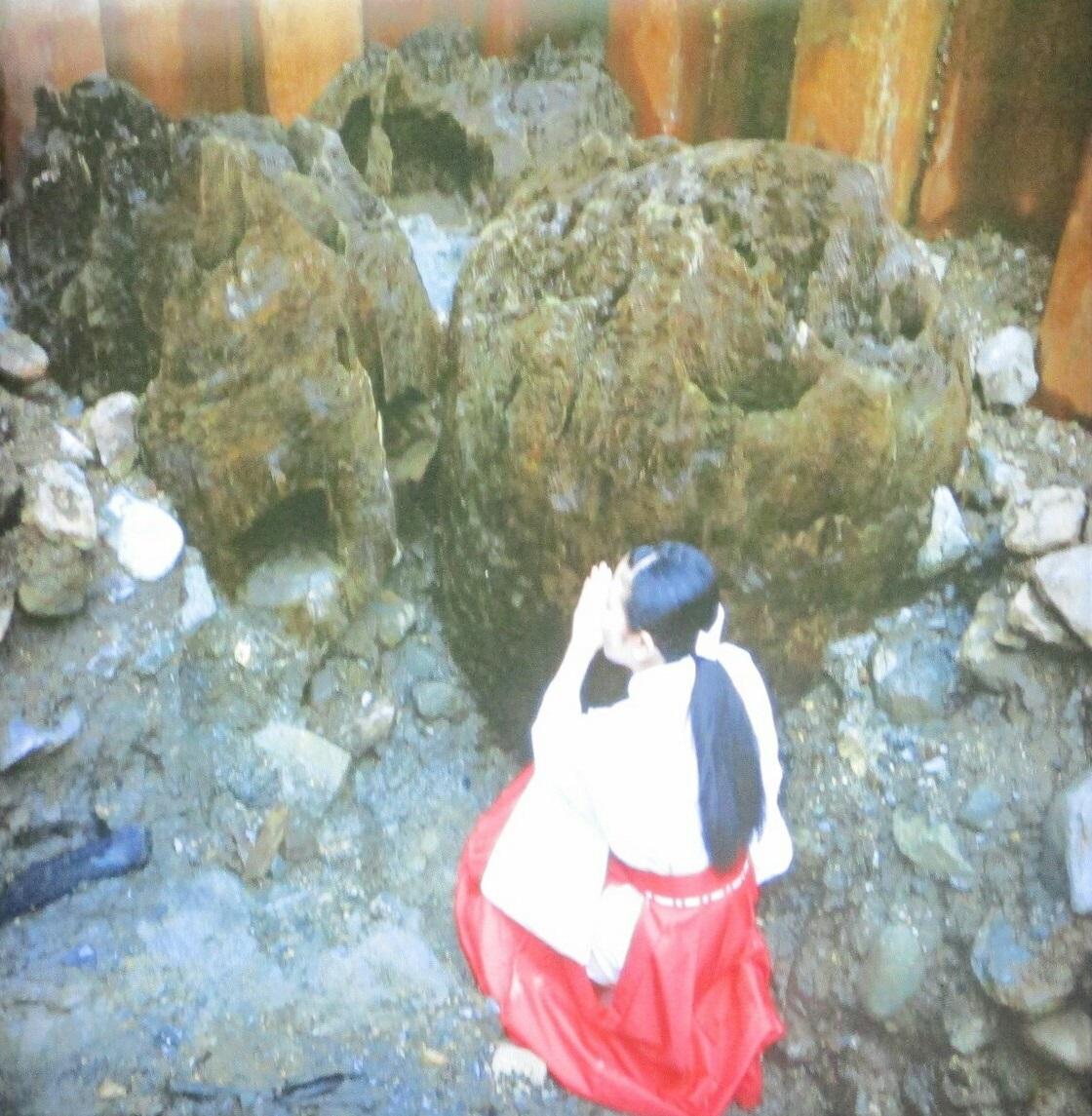 2018.7.6 (118) 宝物殿 - 心御柱の映像 1120-1145
