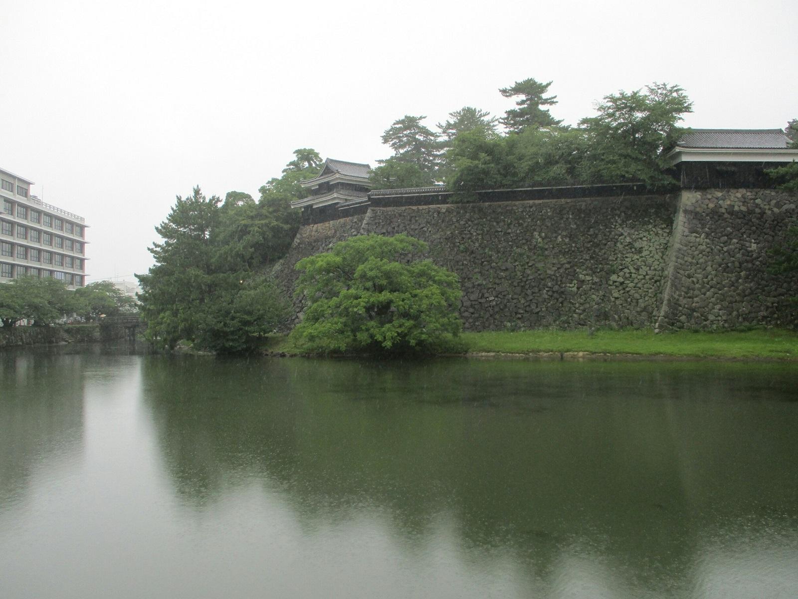 2018.7.7 (5) 松江城 - おほりばた 1600-1200