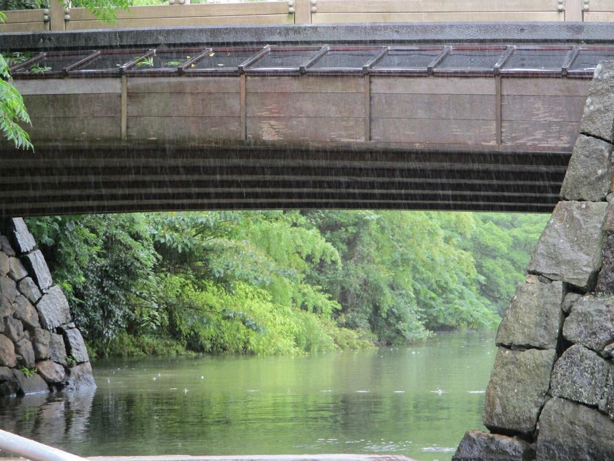 2018.7.7 (13) ぐるっと松江堀川めぐりぶね - 稲荷橋 1200-900