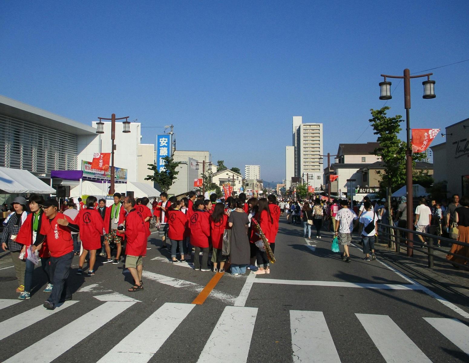 2018.7.15 (5) 中央どおり(ひがしむき) 1550-1200