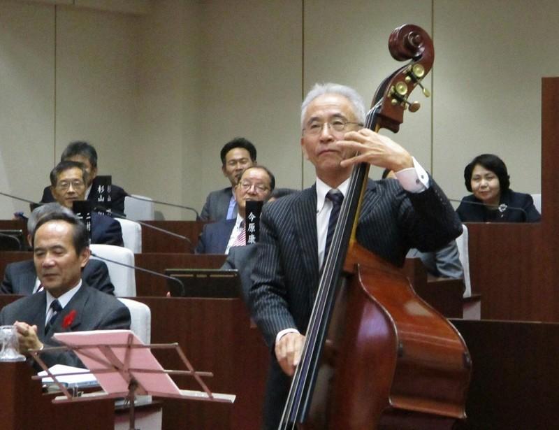 2018.12.3 (26) あんじょう市議会議場コンサート 1040-800
