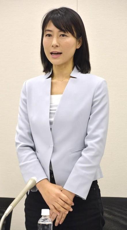 塩村文夏さん(さんけい) 540-980