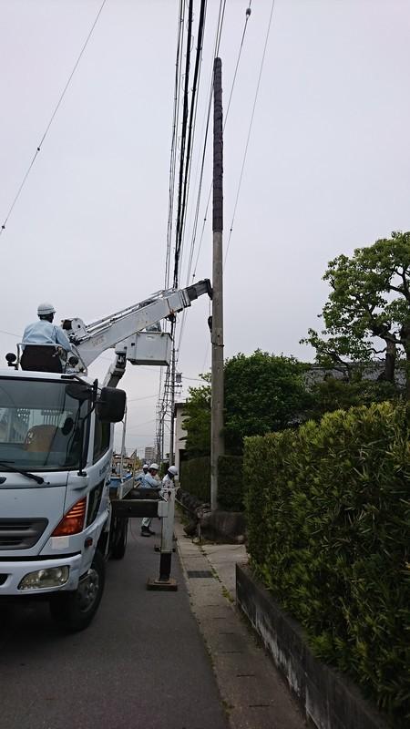 2019.5.9 (21) クレーン車で抜柱 1080-1920