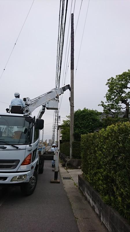 2019.5.9 (22) クレーン車で抜柱 1080-1920