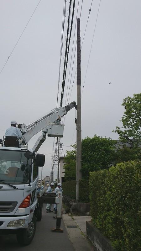 2019.5.9 (23) クレーン車で抜柱 1080-1920