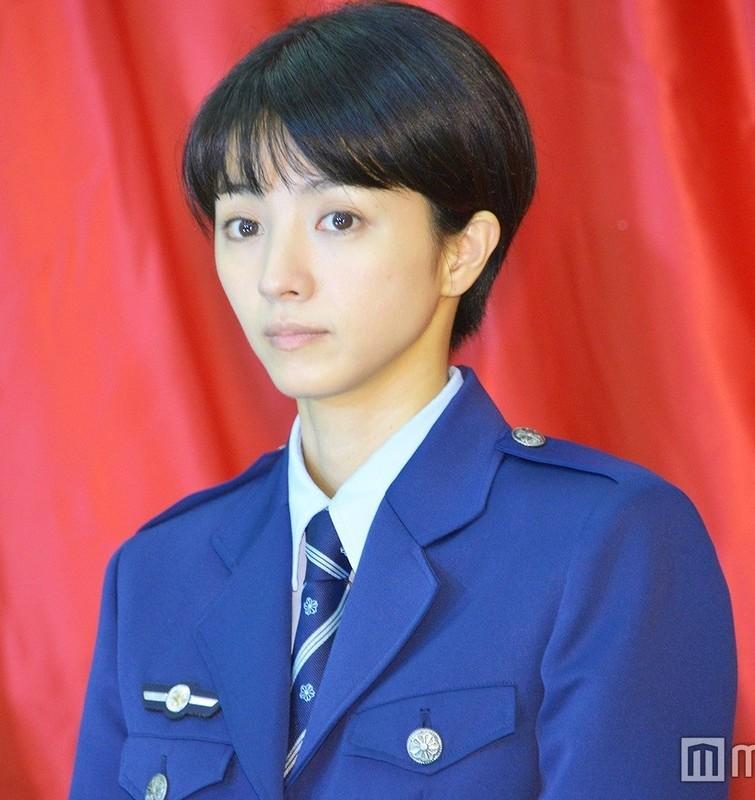 2019.11.2 満島ひかりさん (2) 婦警さん 1000-1060