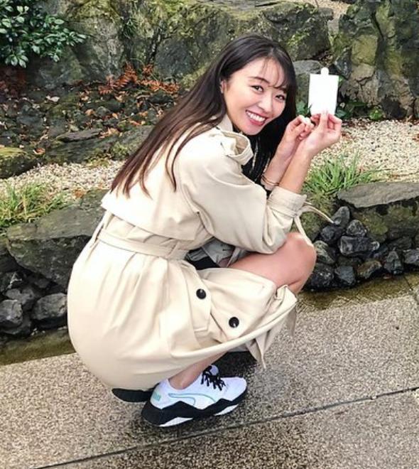 2020.3.12 人形ながしをする中川知香さん 590-660