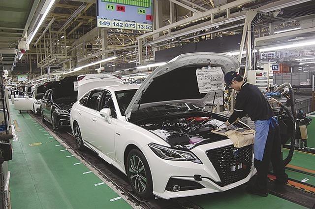 2020.5.25 トヨタの生産げんば(中部経済新聞) 640-424
