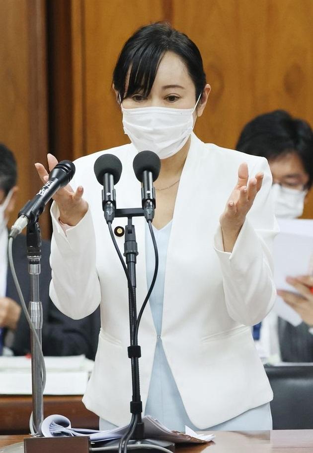 森雅子法務大臣(時事通信社) 630-910