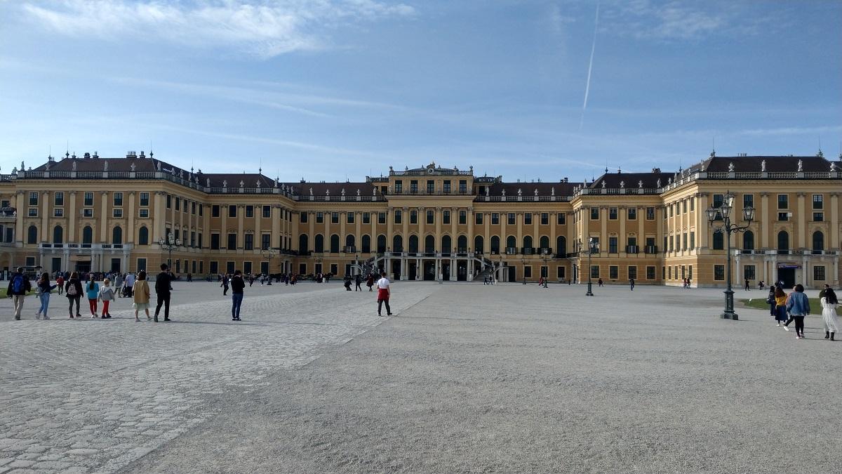 マイルを貯めて一人旅|シェーンブルン宮殿