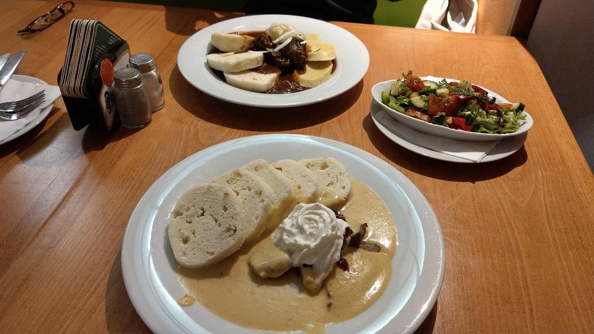 マイルを貯めて一人旅|チェコ料理