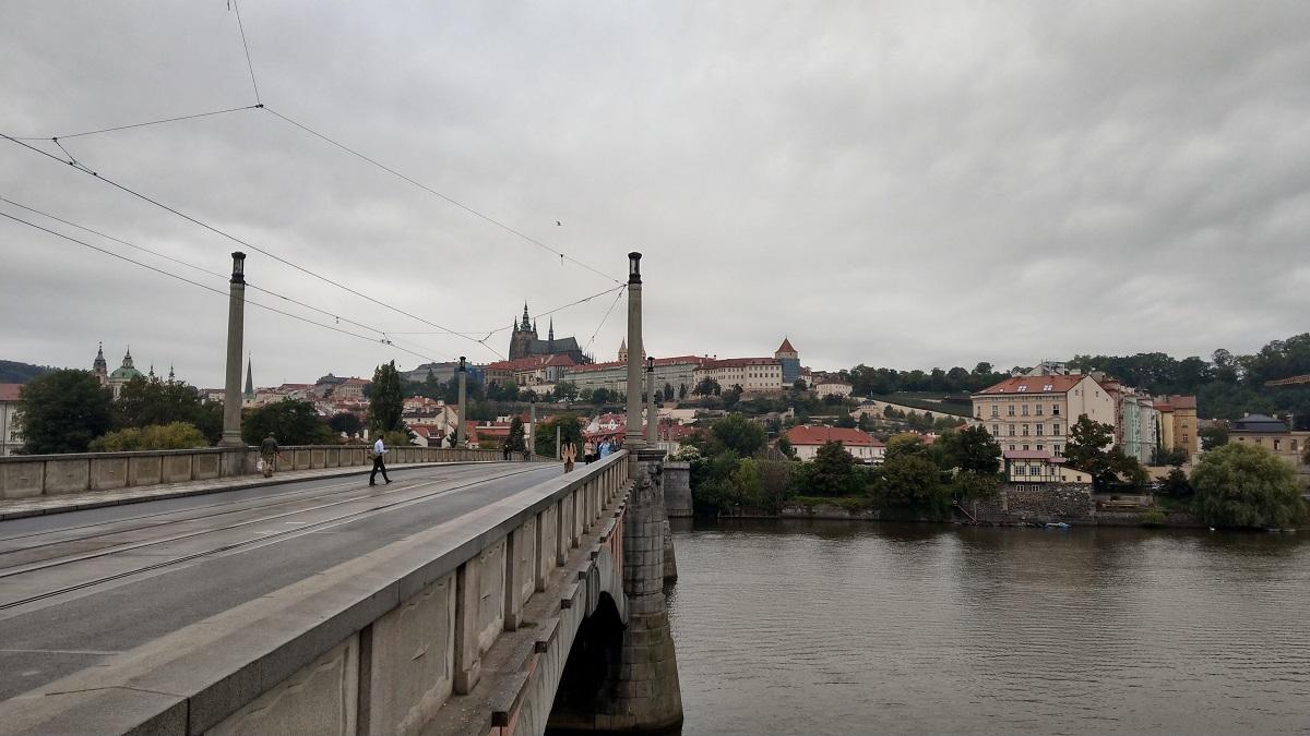 マイルを貯めて一人旅|チェコ観光