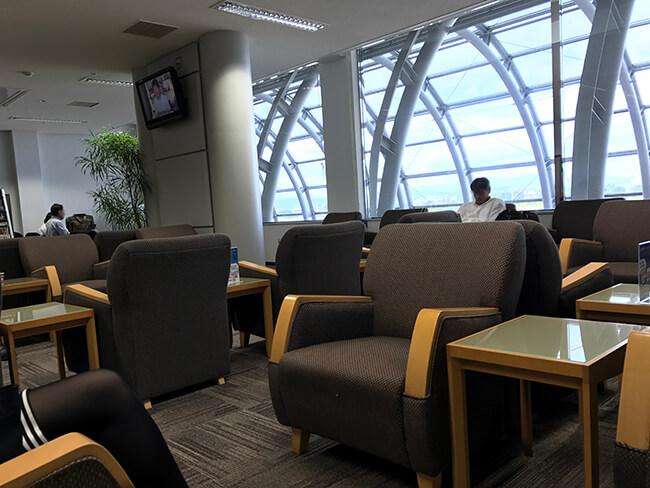 仙台空港ビジネスラウンジeastsideのラウンジ席