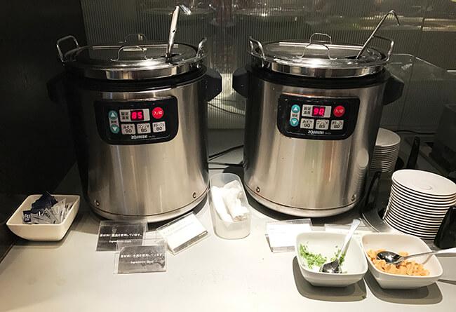 コンソメスープと味噌汁