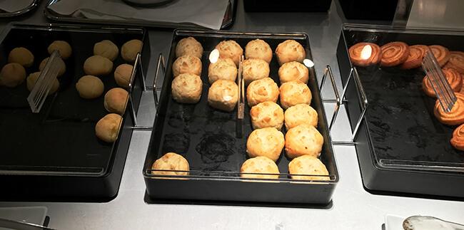 anaラウンジのパン3種類