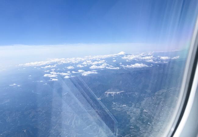 ana仙台-中部便から見る富士山