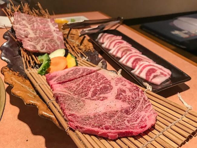 石垣牛ロース・カルビ・アグー豚