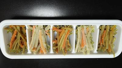 ごぼうのきんぴらとサラダの作り置き