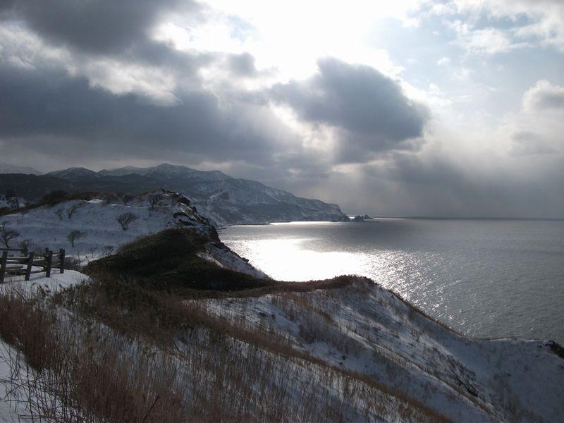 12:24 神威岬から神恵内方面の景色