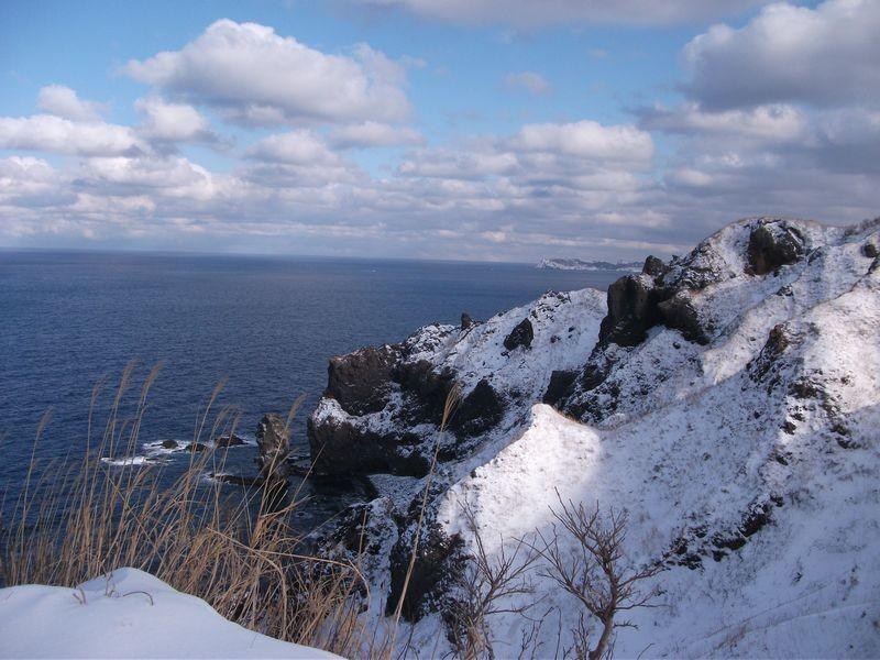 12:24 神威岬から積丹方面の景色