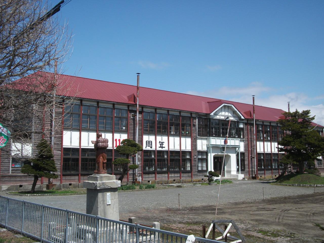 弁華別小学校