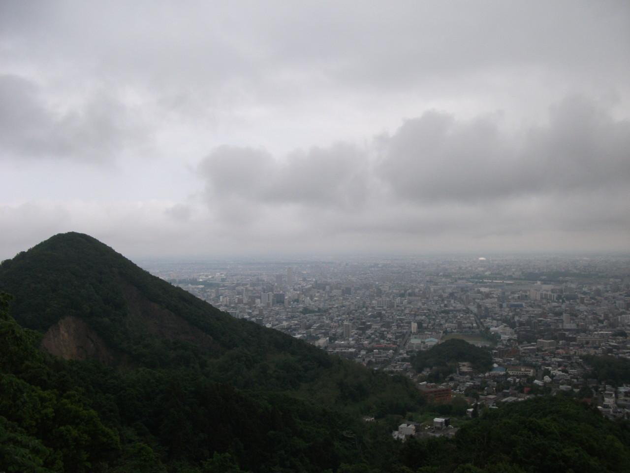三角山方面@大倉山展望台