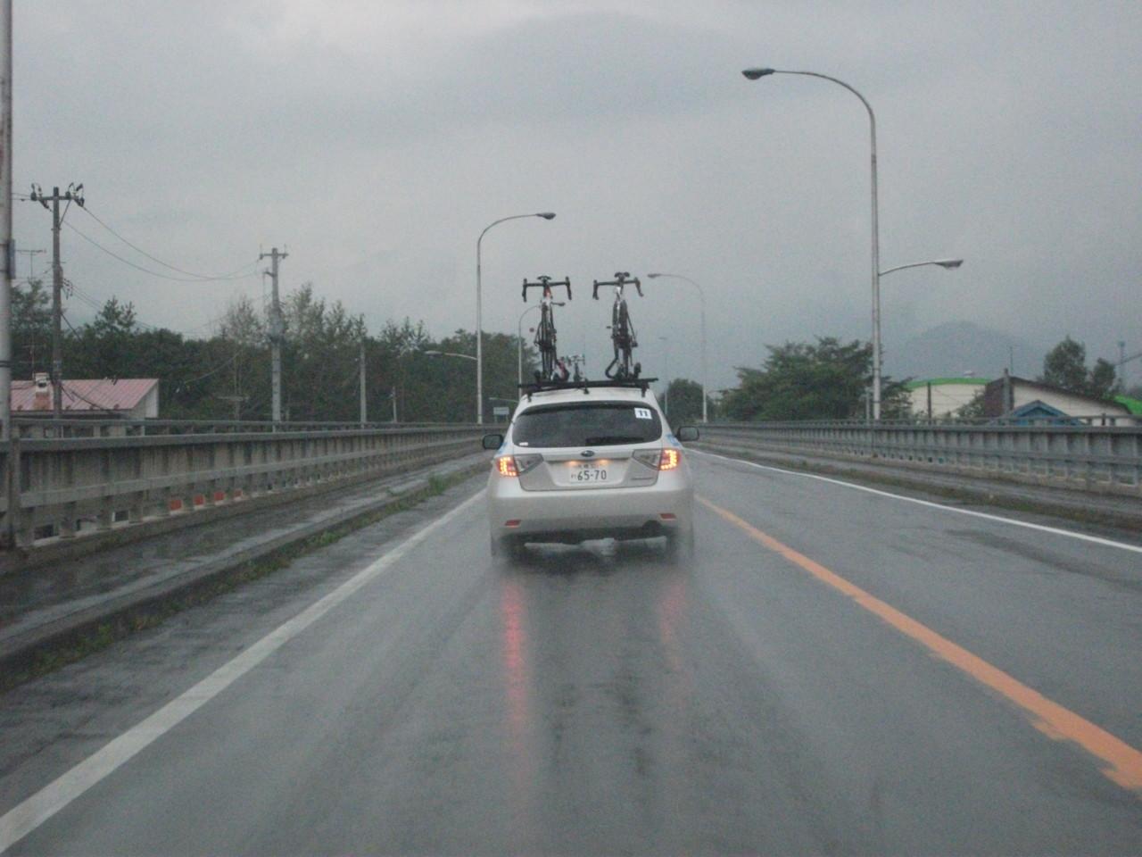 ツールド北海道2011 搬送車