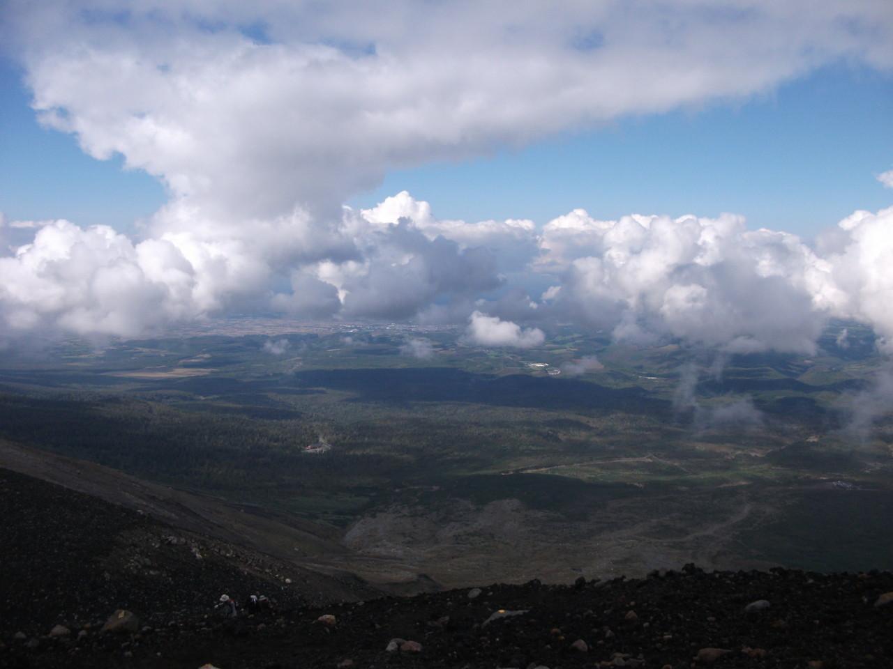 富良野市街に浮かぶ雲