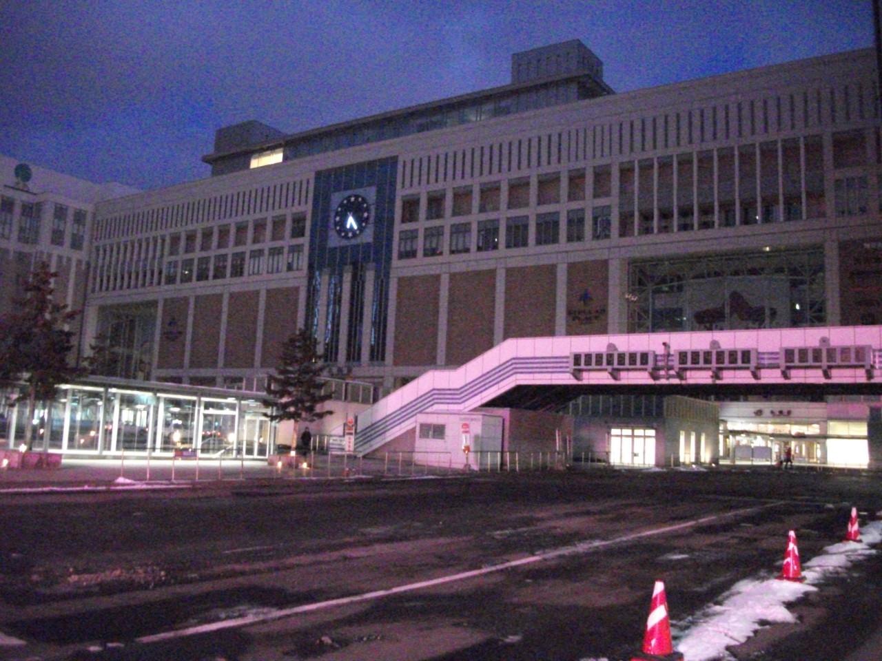 札幌駅南口のようす