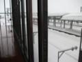 [岩見沢] 岩見沢駅 窓枠に使用されている古レール その1