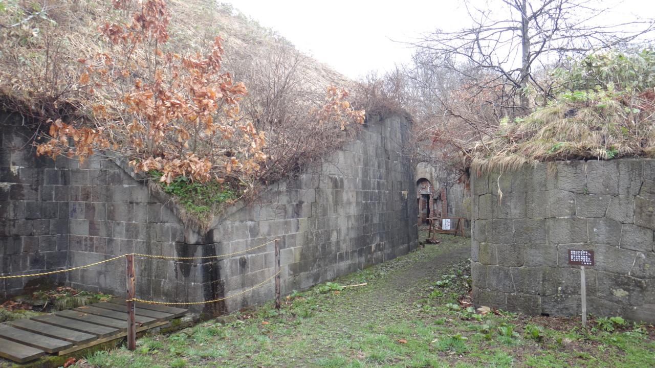 薬師山砲台跡