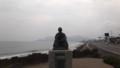 [函館] 函館山をバックにした啄木像