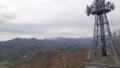 [札幌][藻岩山] 鉄塔裏に手稲山、正面余市岳、左側定山渓周辺の山々