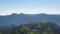 右に南クマネシリ岳、左にクマネシリ岳と西クマネシリ岳