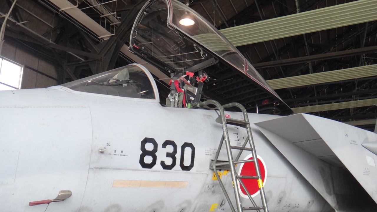 F-15コクピット