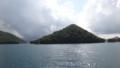 [洞爺湖] 観音島と大島のあいだの海峡へ