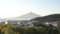 気持ちのよい朝日に照らされる利尻島